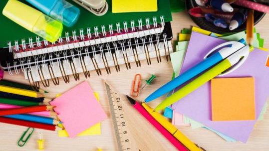 raccolta materiale scolastico